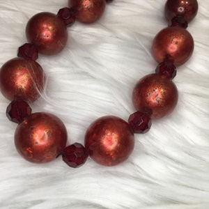 Jewelry - Red beaded fashion necklace w/ red faceted beads